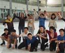 ESLI学生一起去滑旱冰