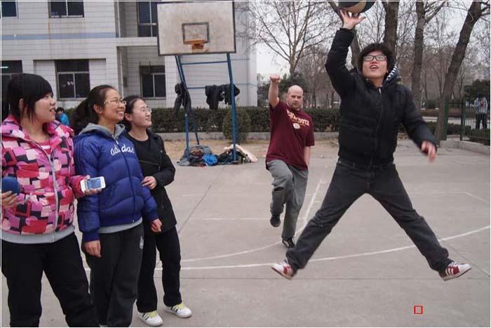 英思力ESLI出国英语班学员篮球比赛