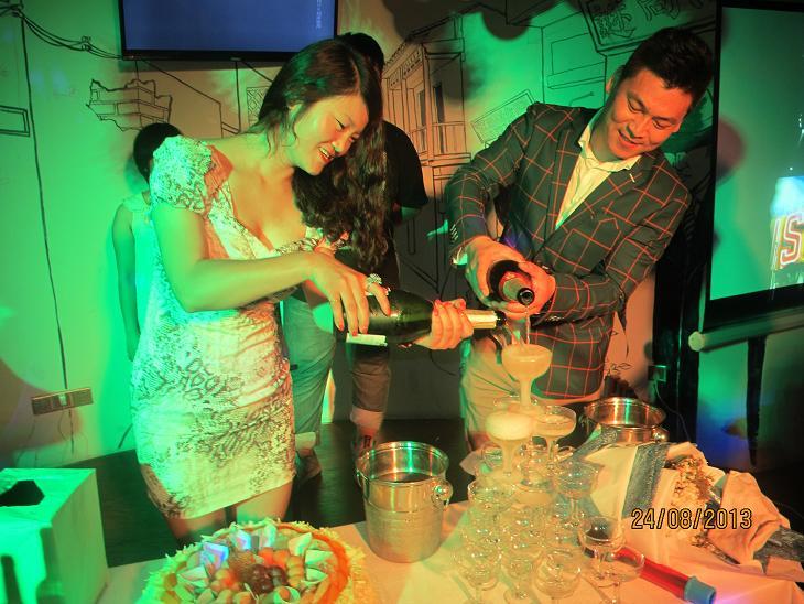 英思力红酒主题高端时尚派对
